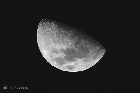 what is the half moon on my iphone the way high above wellington new zealand the 21223